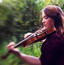 Laura Cannell Fiddle Pic2 copy